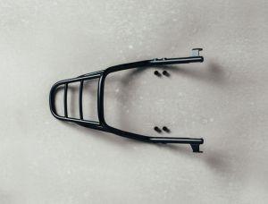 Gepäckträger, schwarz für Moto Guzzi V9 Bobber