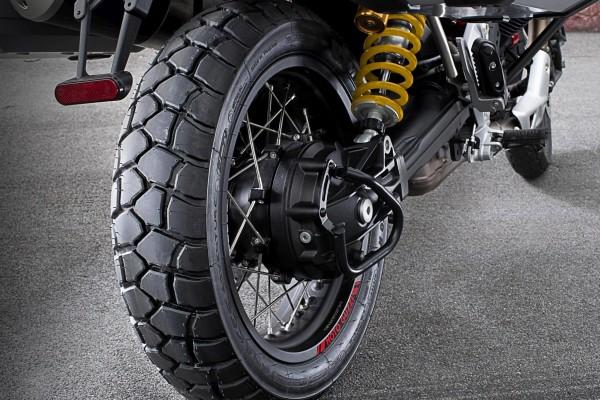 Sport Adventure achterband Michelin Moto Guzzi V85 TT